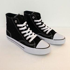 Airwalk NWOT black canvas high top sneakers